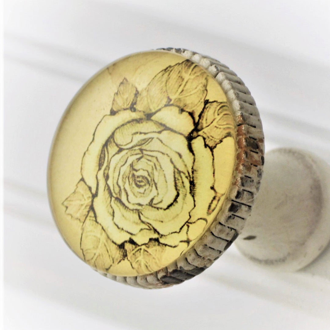 Retro Whitewashed Metal Knob – Rose