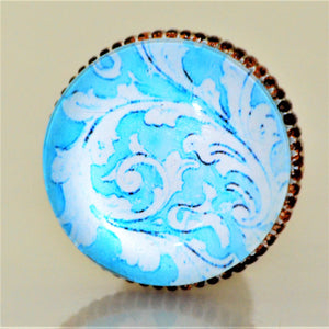 Retro Whitewashed Metal Knob – Blue and White Pattern
