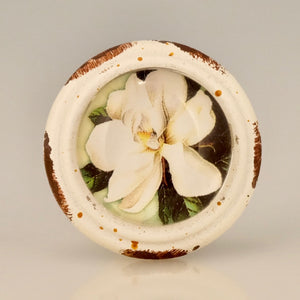 Retro whitewashed finish - Magnolia Flower Knob