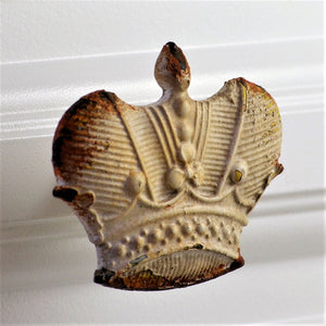 Whitewashed Knob - Crown pull