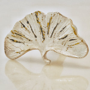 Gingko Leaf Knob - Whitewashed