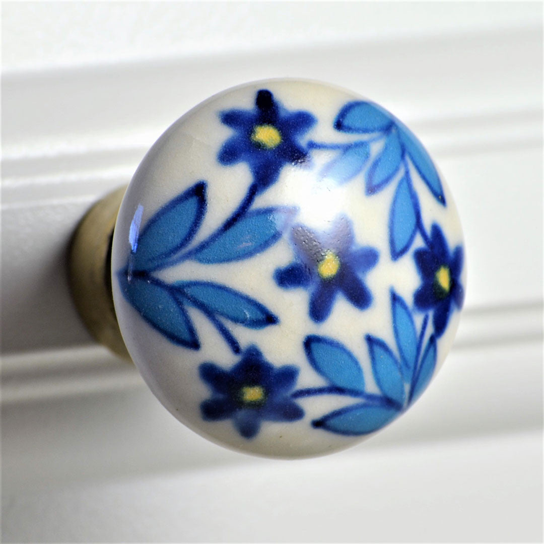 Cottage Chic Ceramic Knob – Blue Floral