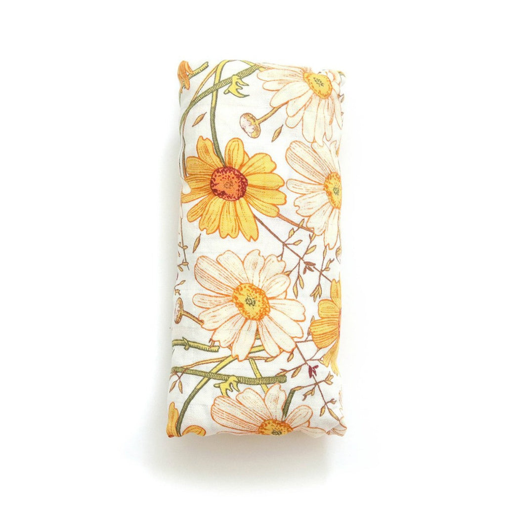 Muslin Swaddle Blanket with yellow and white daisy pattern