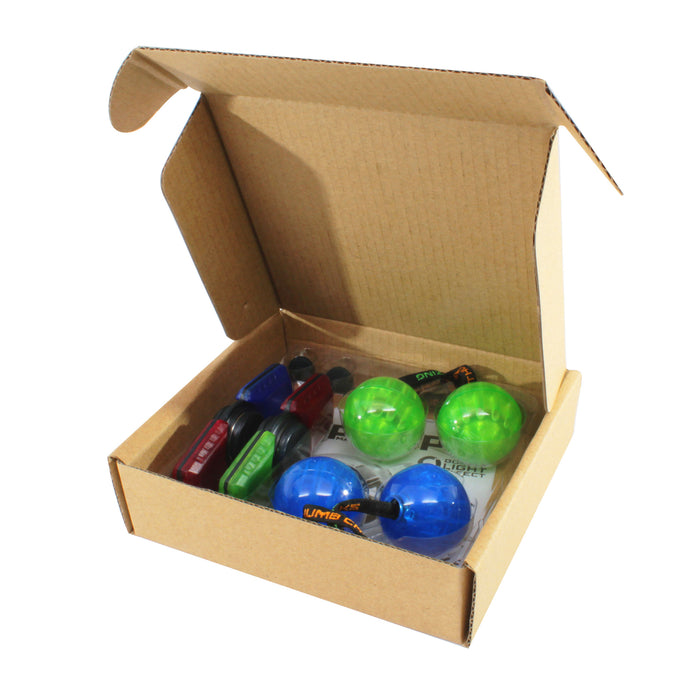 2x thumbchucks and 2x spinbladez set in box