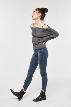 PROJECT SOCIAL T- Vivienne Off Shoulder Top