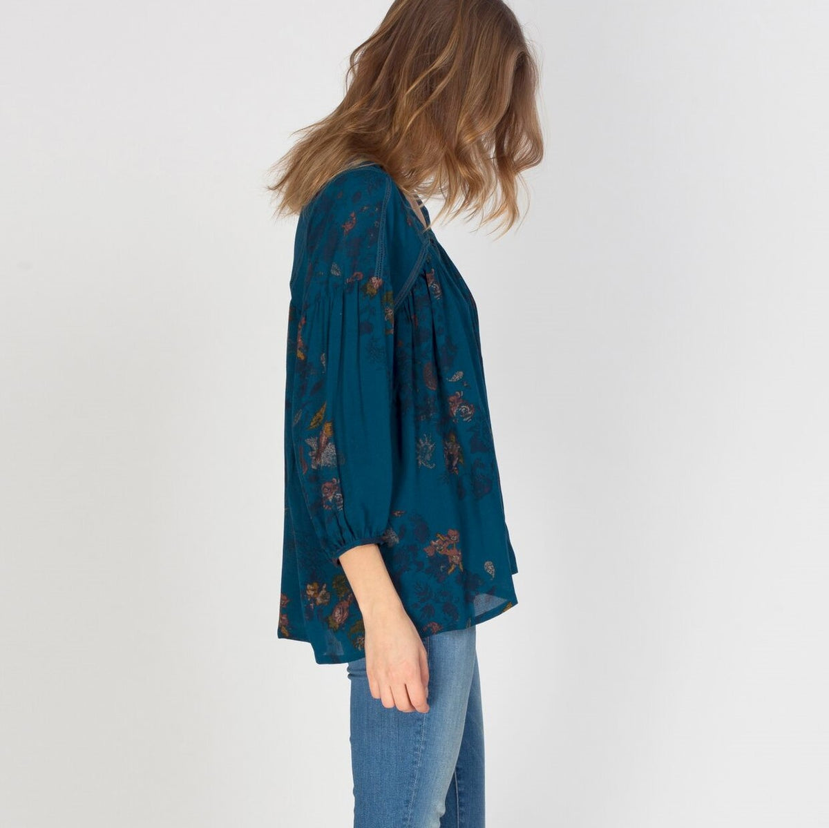 GENTLE FAWN Oracle Top