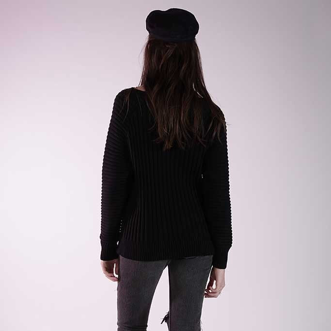 KNOT SISTERS Everyday Sweater- Black