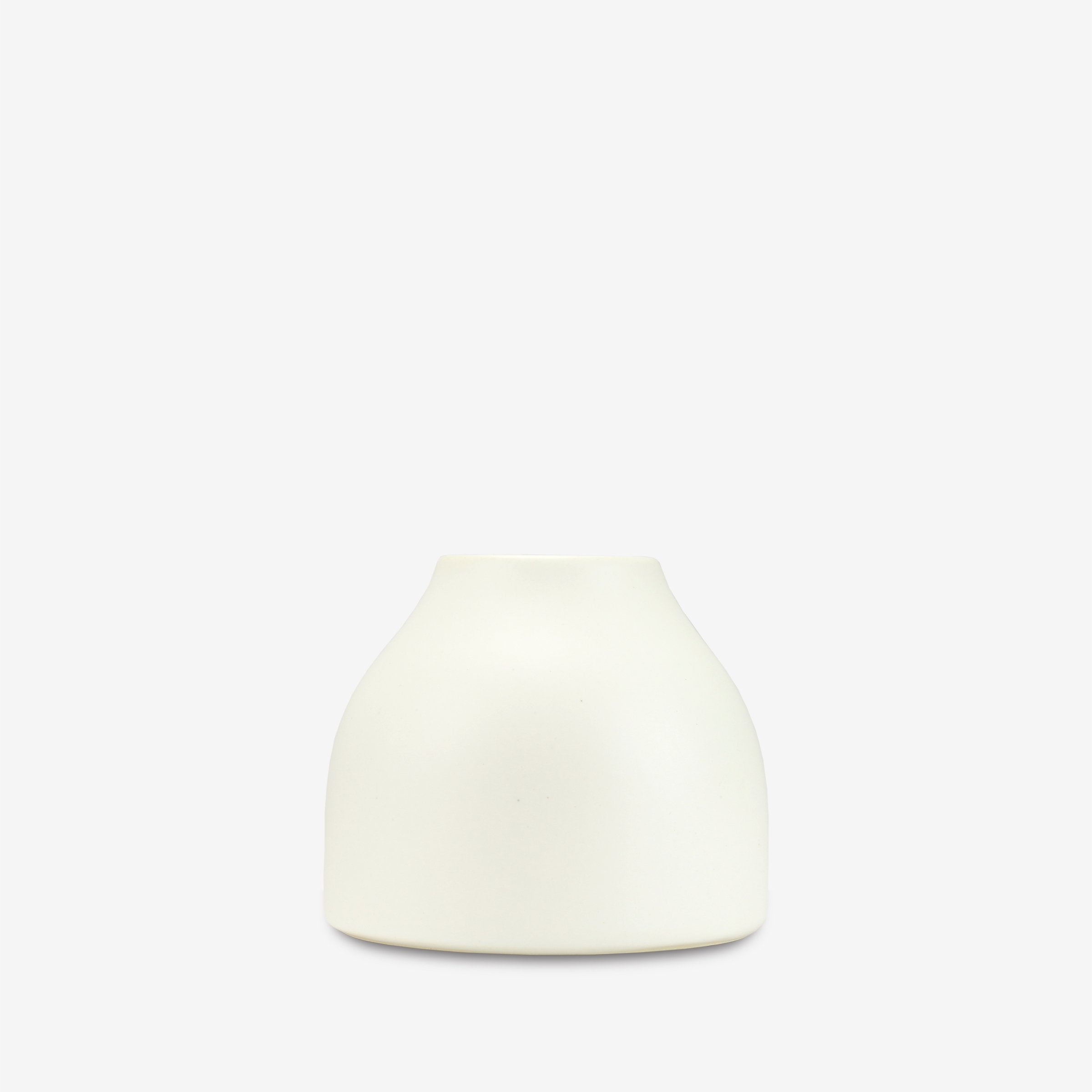Matte Wide Buddy Vase in White