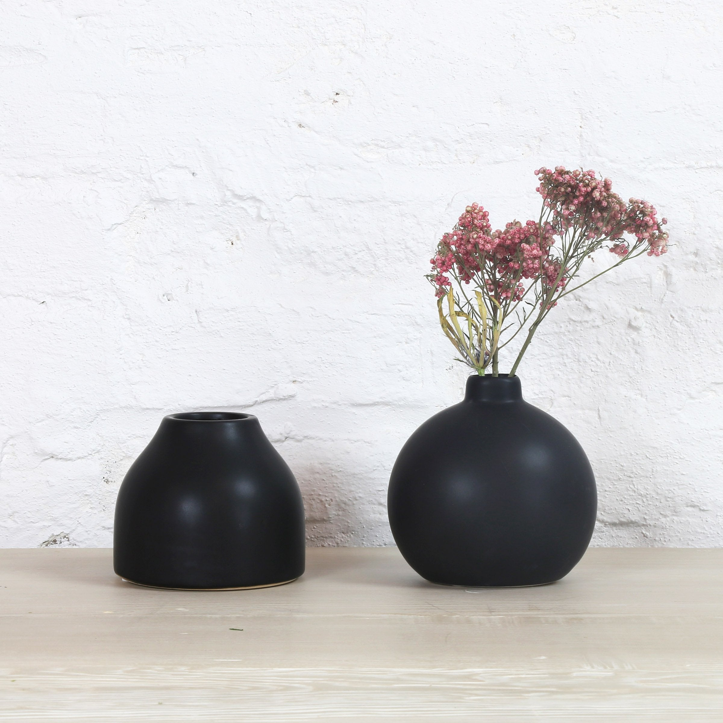 Matte Fluted Buddy Vase in Black