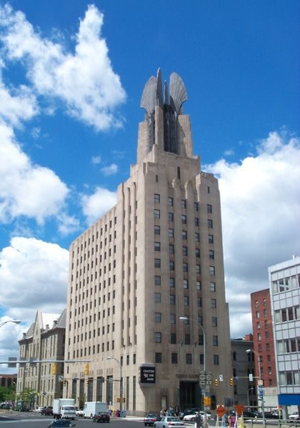 Times Square Building - 5 best Art Deco houses