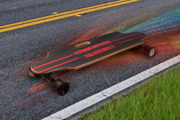 Gyrocopters Skatebolt - Electric skateboard with remote