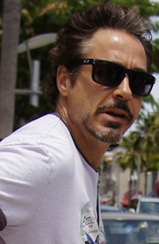 Robert Downey Jr - Oakley Holbrook