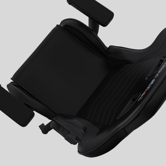 ATOM GT Black Edition - Full seat view