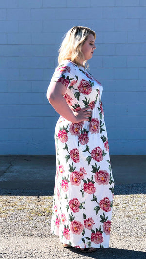 Floral Maxi Dress w/ Pockets (Plus)