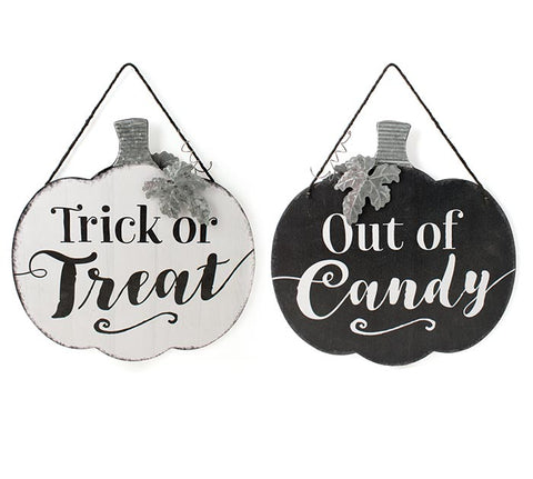 Halloween Treat Sign