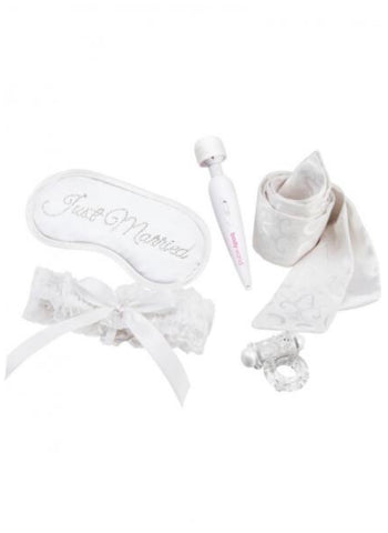 5 Piece Honeymoon Gift Set