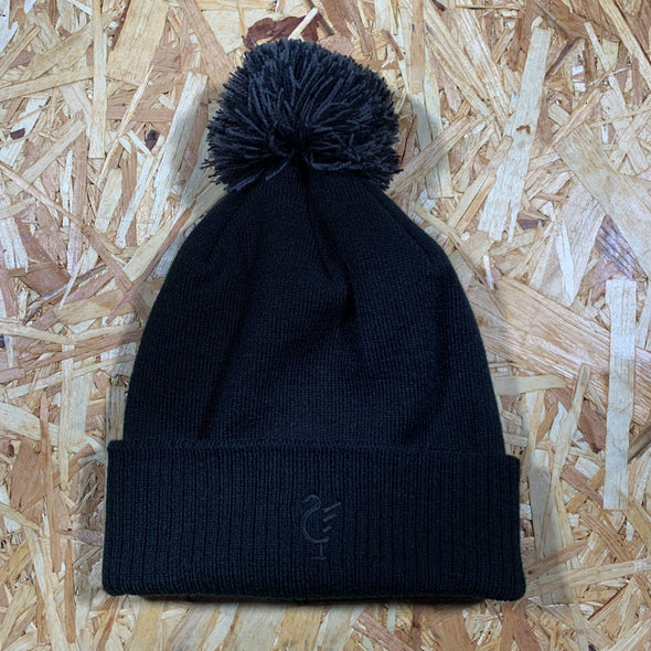 Scouse 77 bobble hat black