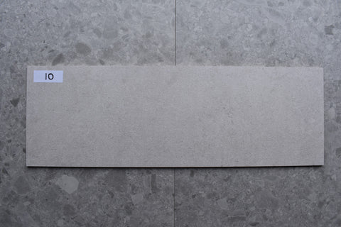 34m2 LOT £8.99 | Avenue Gris Rectificado | 30x90