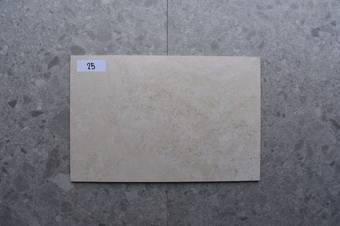 141m2 LOT £8.99 | London Beige | 39x59
