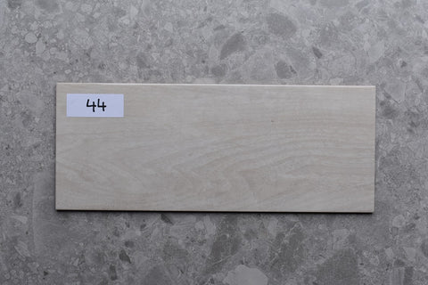 62m2 LOT £8.99 | Colter Ivory | 20x50