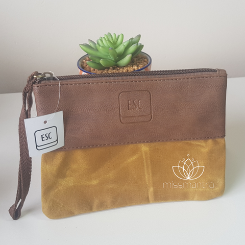 Waxed Canvas – Zip Pouch – Mustard