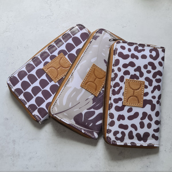 Ladies Large Wallet - Laminated Fabric - Anthill White