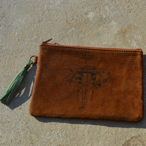 Show the World your magic - Leather pouch