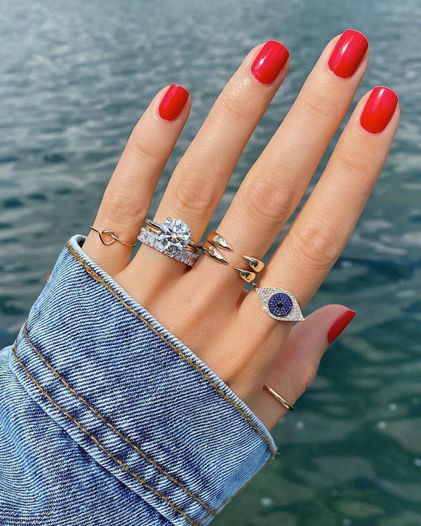Sapphires and Gold: 9 September Birthstone Jewelry Gift Ideas