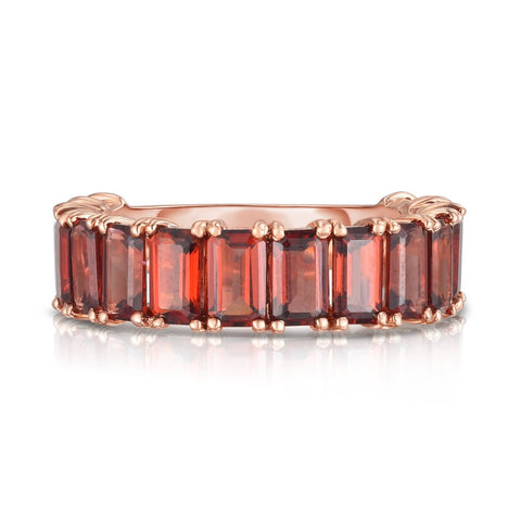 Ring Concierge Emerald Cut Garnet Band