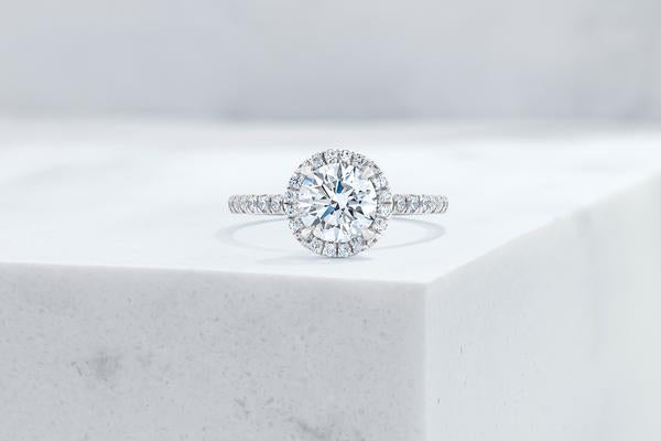 Vow Vow Engagement Rings Round / Platinum / Original Design Delancey