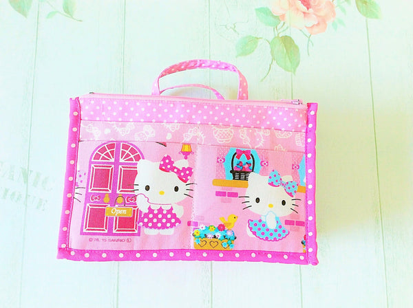 Organizer Bag Small Size | Pink Hello Kitty Design 01 - MomLuvDIY.SG - 5