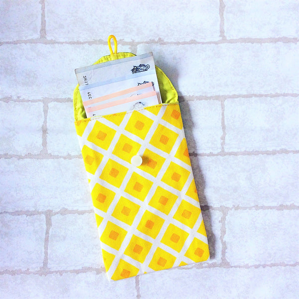 Handmade Fabric Red Packet for CNY | Ang Pow | Red Packet for Notes | Handmade Hong Bao Light Yellow Pineapple Design 20B31