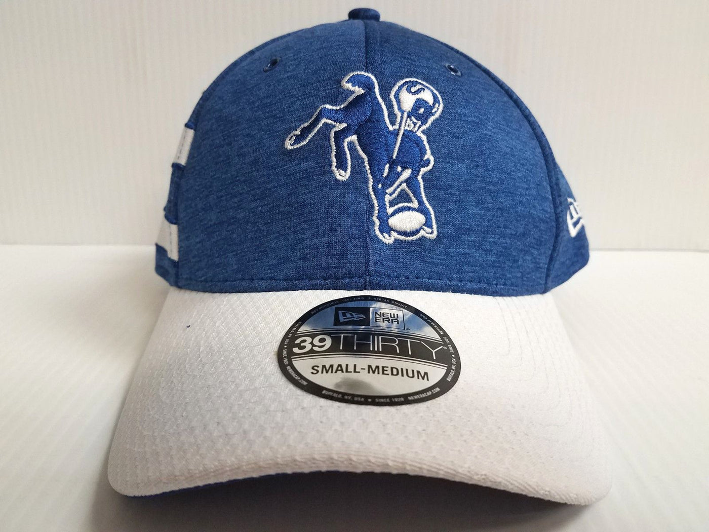 separation shoes 9be1c daf11 ... official store indianapolis colts cap era 39thirty stretch on field  2018 home tb sideline hat 3eafc