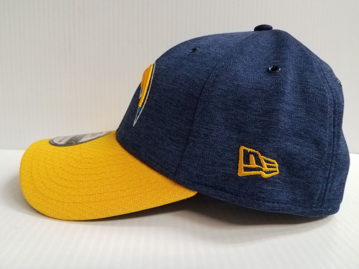 3598fc444f5 Los Angeles Chargers Cap Era 39Thirty Stretch On Field 2018 Home Sideline  Hat