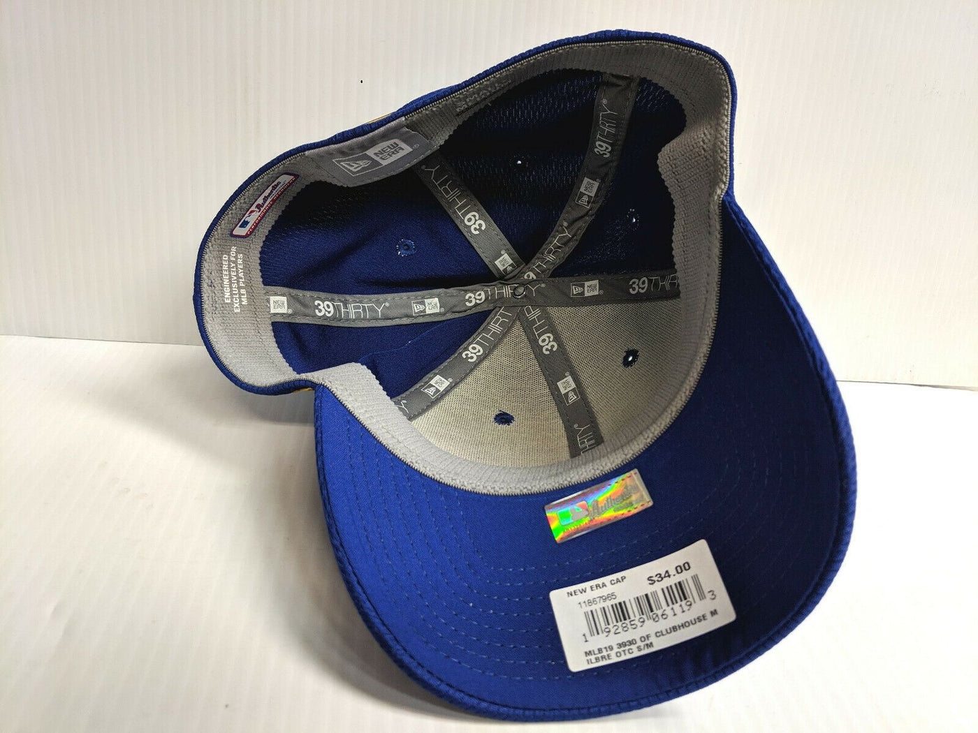 on sale 1497e 0b084 Milwaukee Brewers Cap New Era 39Thirty Stretch Fit 2019 Blue Clubhouse Hat  MLB