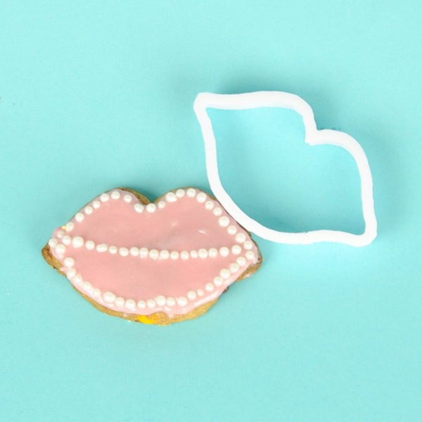 lesbian hen do lip cookie cutter games ideas