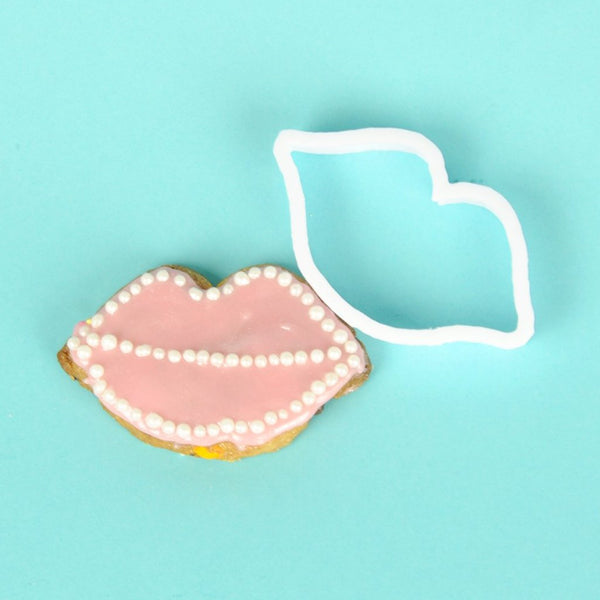 hen party ideas lips cookie cutters