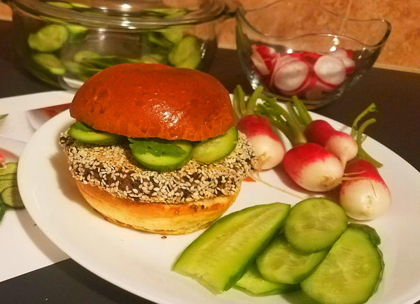 Black-Bean-Burger-Sriracha-Mayo