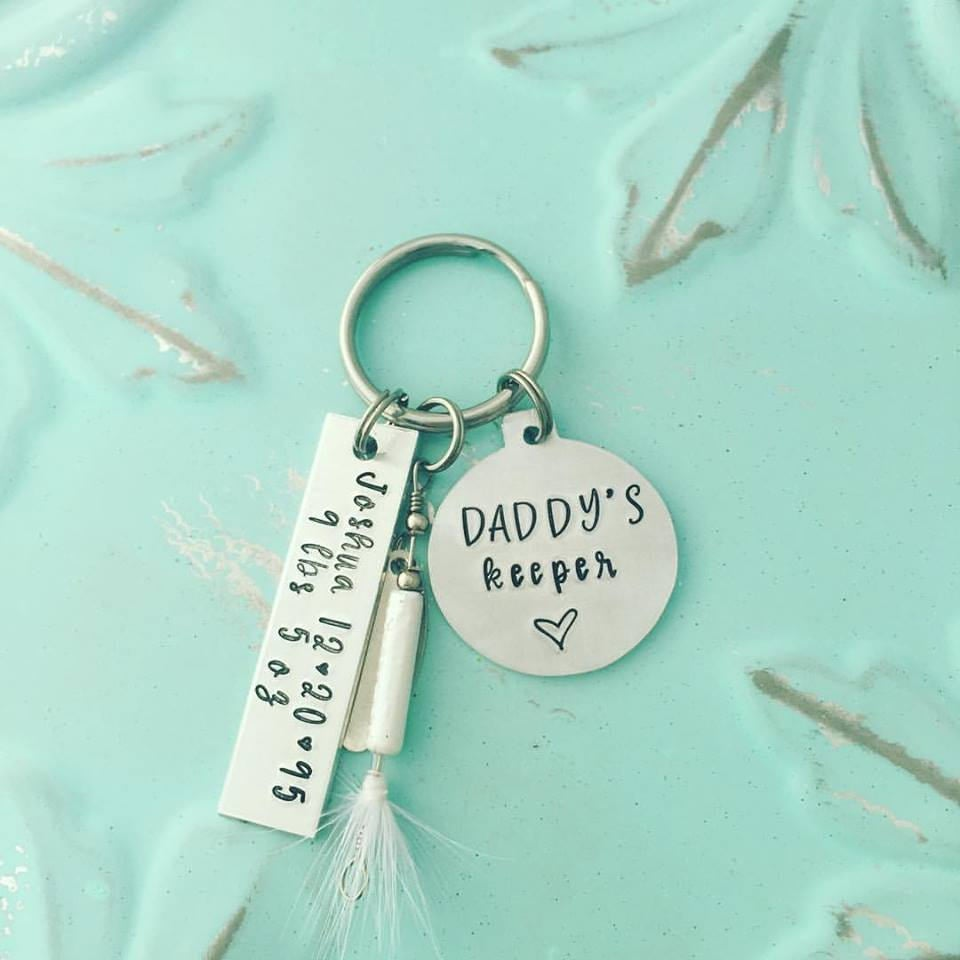 Daddy's Keeper Fishing Lure - Personalized Hand Stamped Key Chain - New Daddy Key Chain - New Dad Gift - Fishing Keychain -