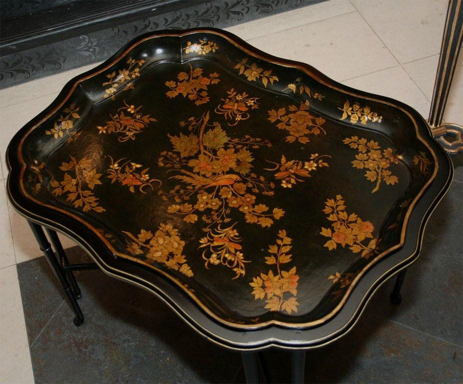 Papier Mache Scalloped Tray Table