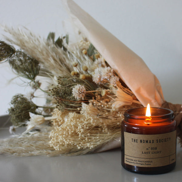 Dried flower bouquet & small soy wax vegan candle
