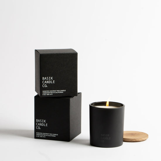 No. 2 Oakmoss + Amber Candle