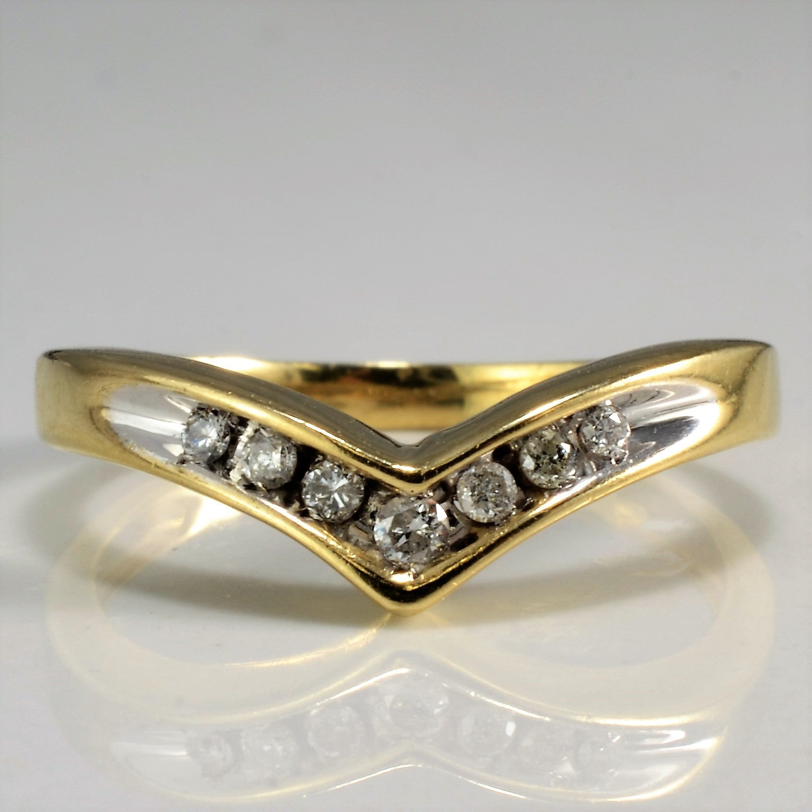 Channel Set Diamond Chevron Ring | 0.12 ctw, SZ 6 |