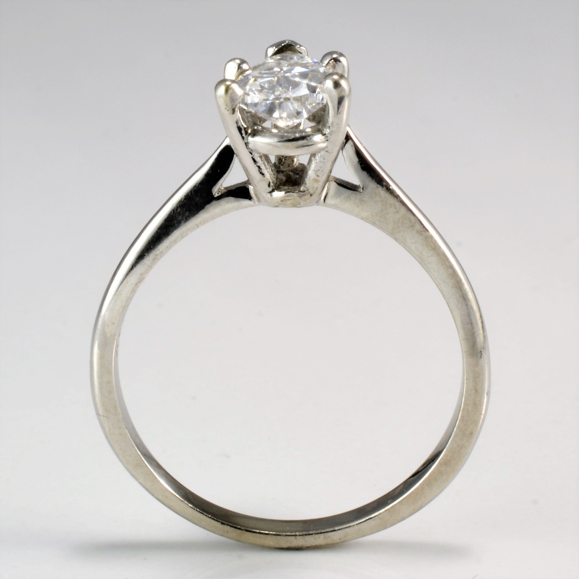 claw four ring rings and engagement diamond solitaire diamonds dsc product