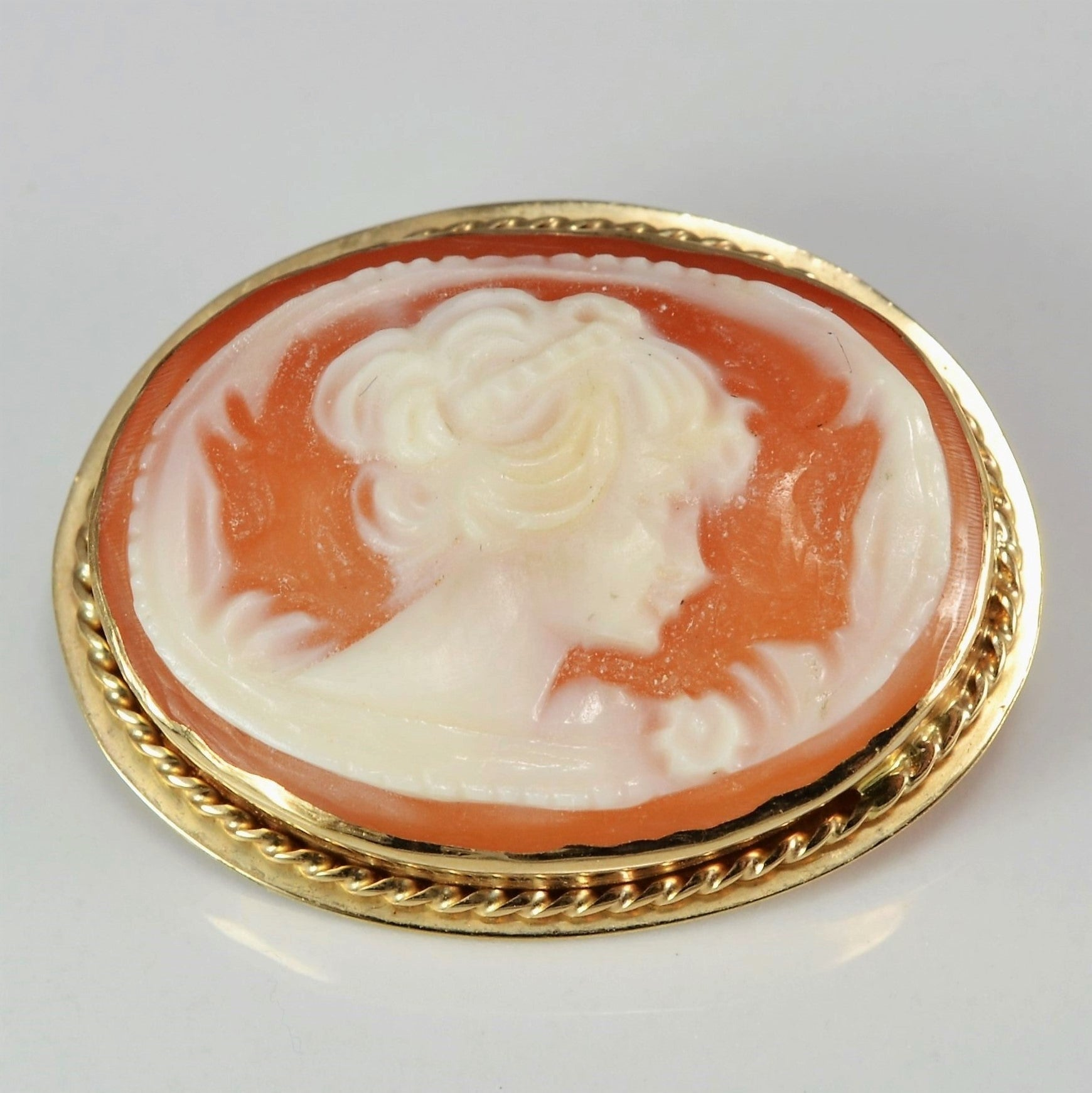 Shell Cameo Convertible Brooch/Pendant