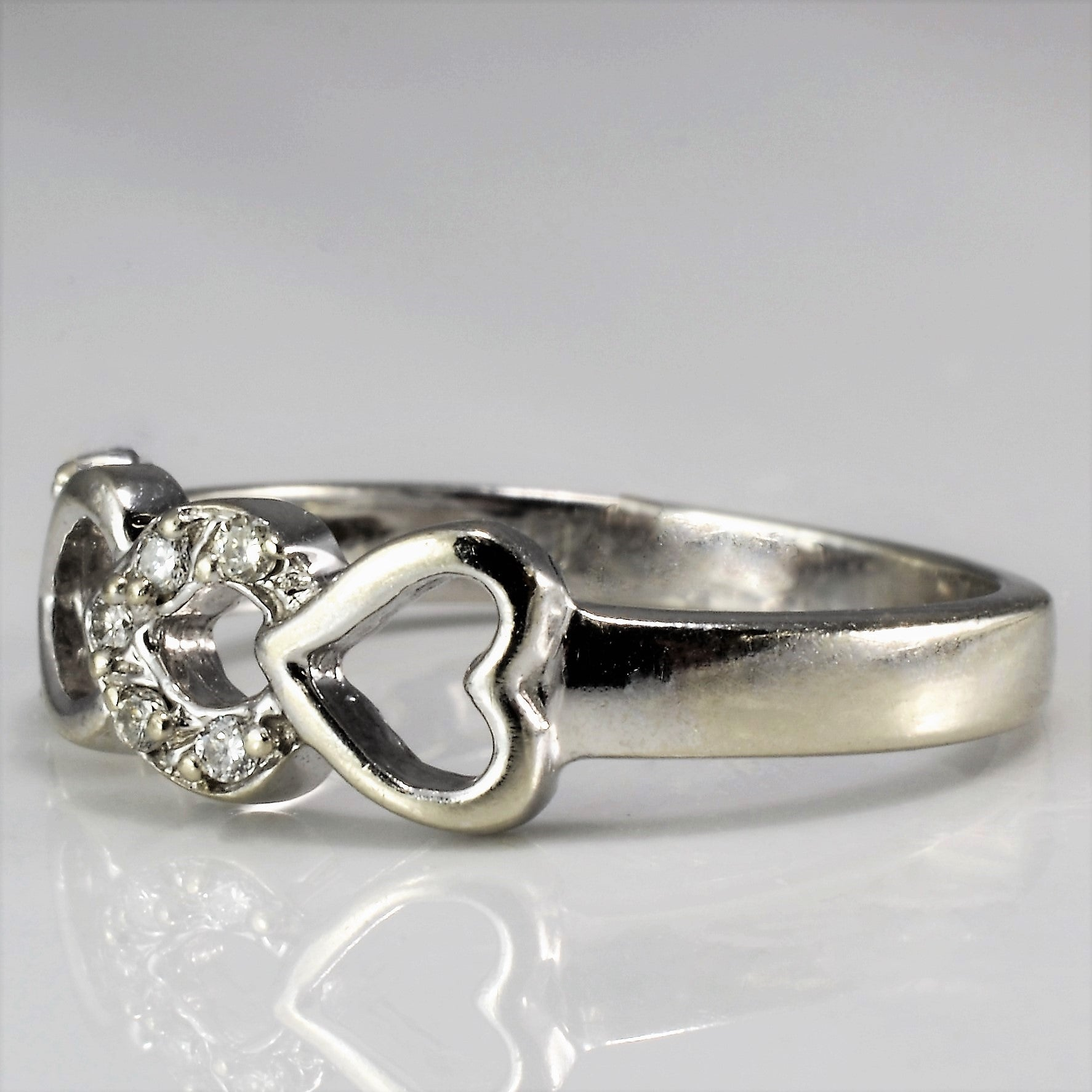 Diamond Heart Infinity Ring | 0.04 ctw, SZ 4 |