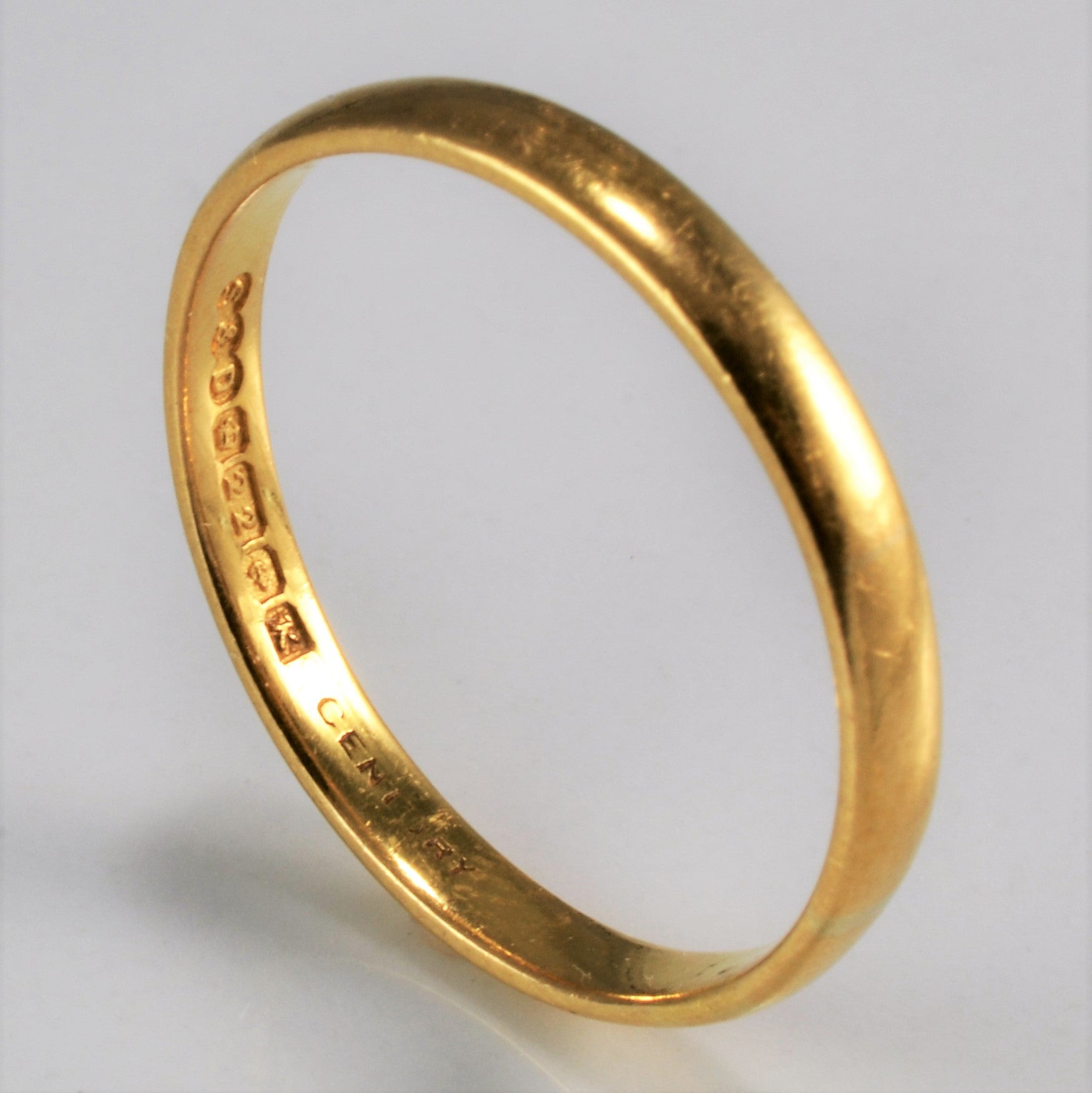 22K Yellow Gold Band | SZ 8.75 |