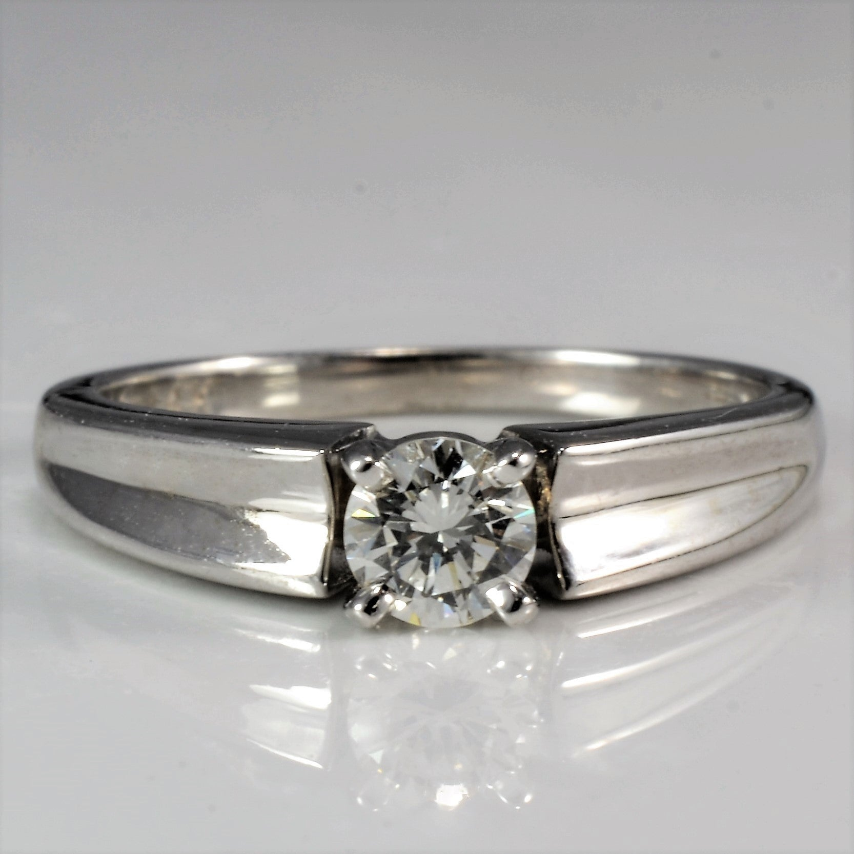 Concave Band Solitaire Engagement Ring | 0.21 ct, SZ 4.5 |