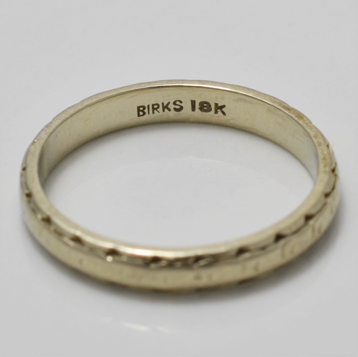 Birks 18K Wedding Band | SZ 5.5 |