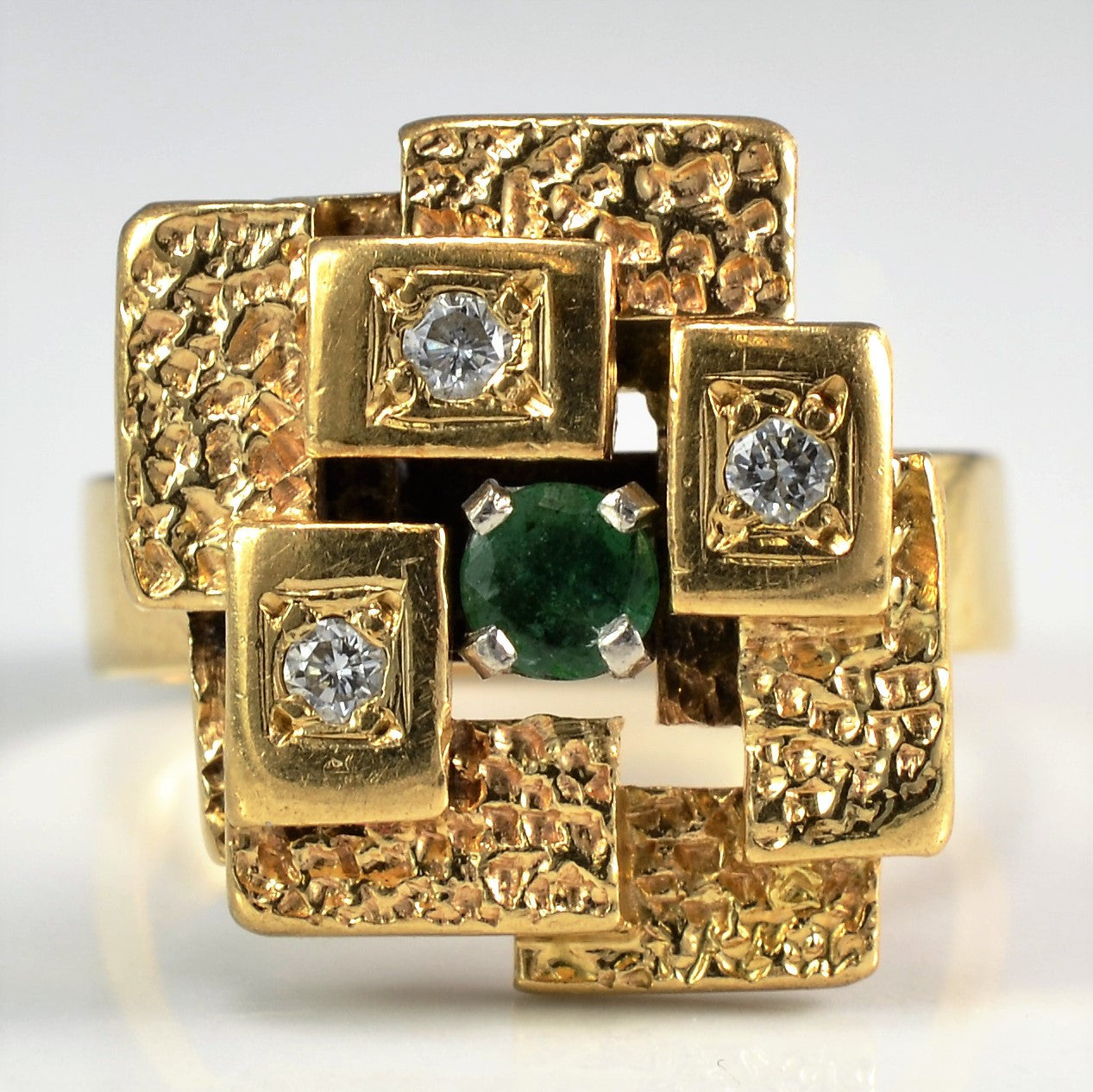Vintage Emerald Cocktail Ring | 0.09 ct, SZ 5.5 |